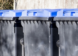 Commercial Wheelie Bin Cleaning services in the Harrow Borough